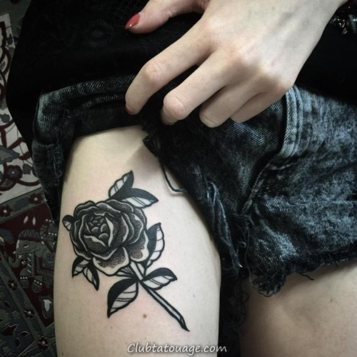 30 Black Rose Tattoo Idées (30)