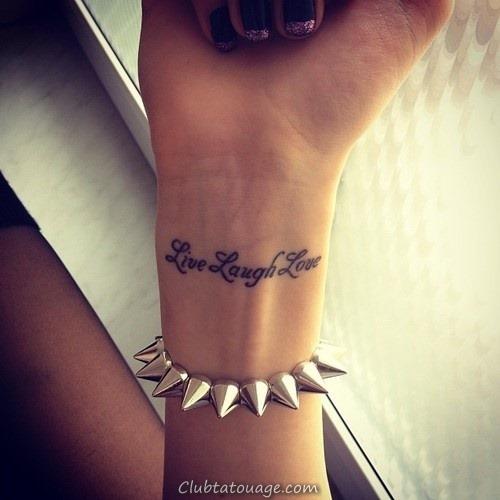 32 étonnants idées de tatouage au poignet (18)