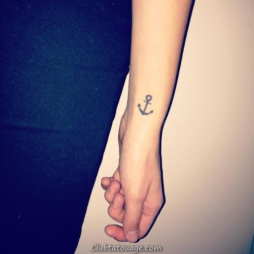 32 étonnants idées de tatouage au poignet (26)