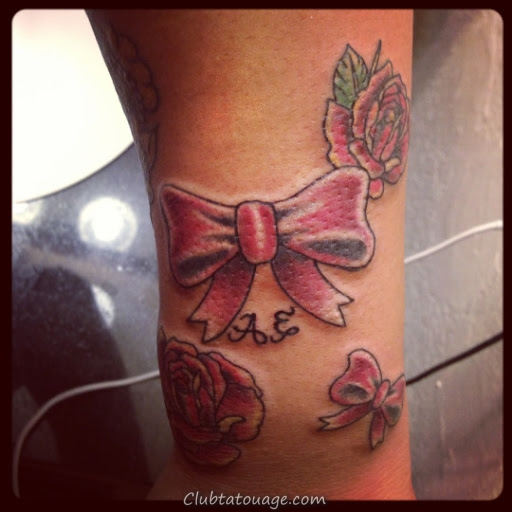 Bow tatouages