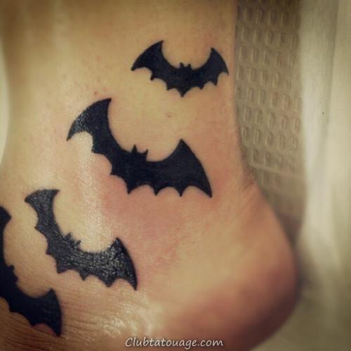 tatouage de chauve-souris sur Anckle