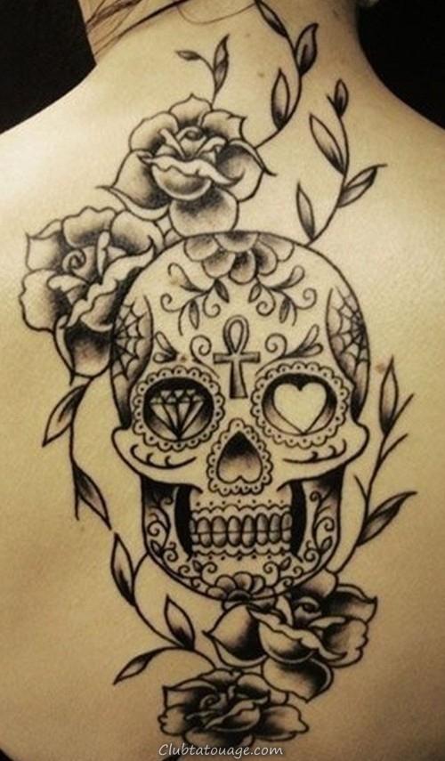 conception de tatouage de crâne noir