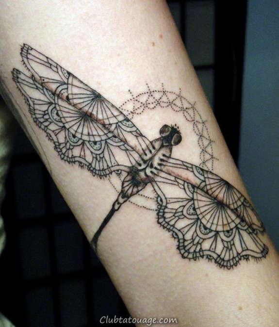 géométrique libellule tatouage
