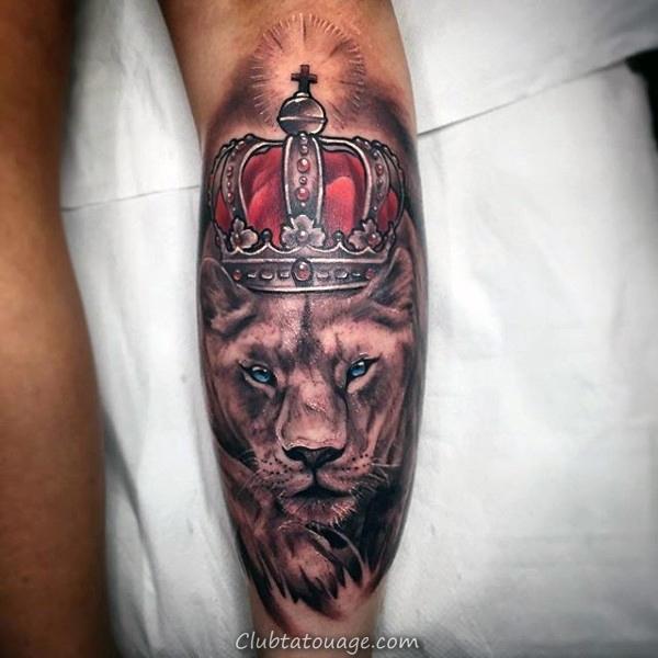 rougeoyer-couronne-sur-bête-tattoo-sur-avant-bras-men