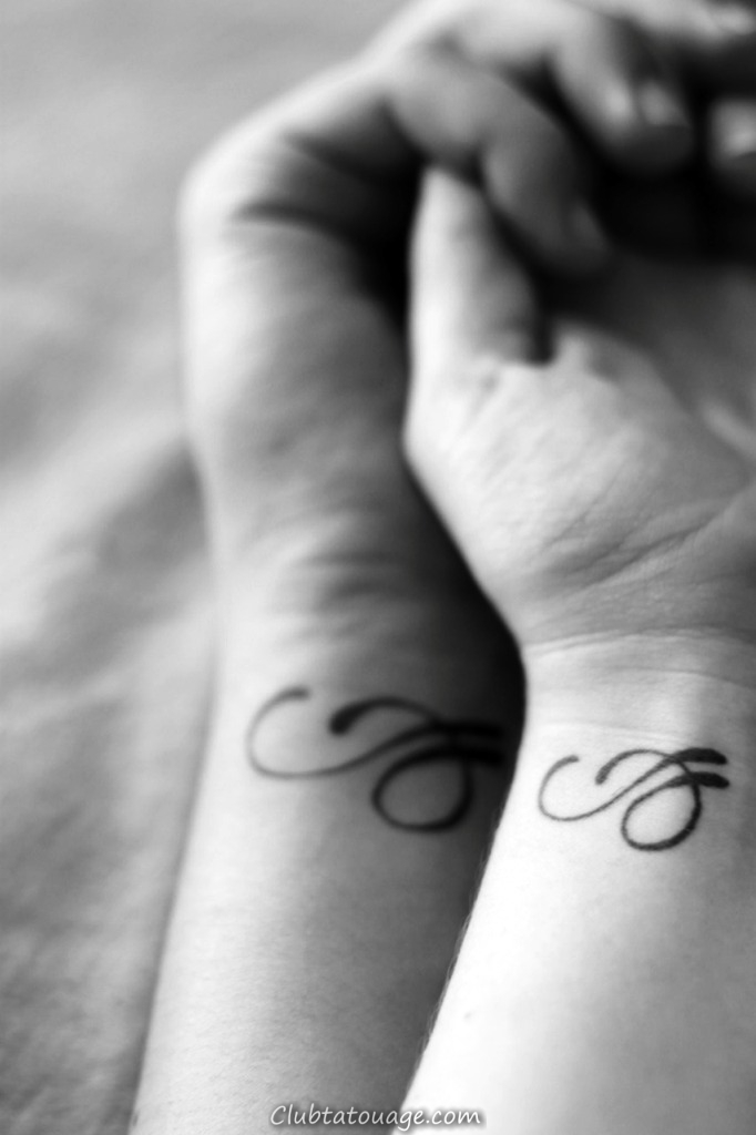 petits tatouages pour les couples