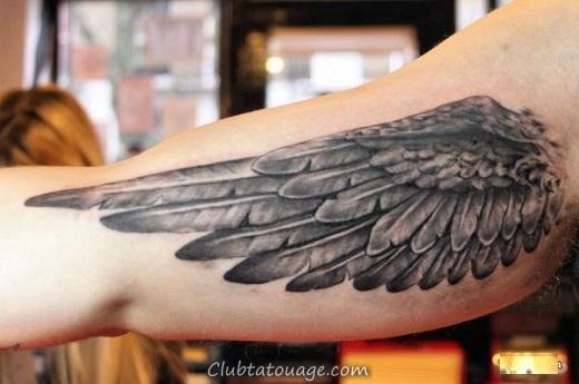 ailes-tatouage sur la main