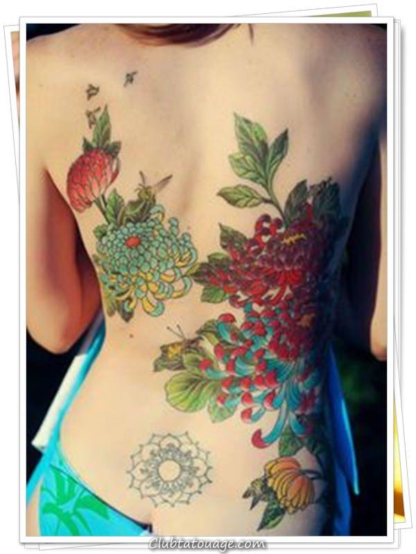 les tatouages des femmes sur le 19 dos - Copier