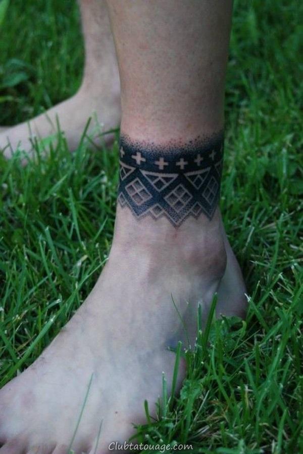 Attractive 40 pieds tatouage idées 25