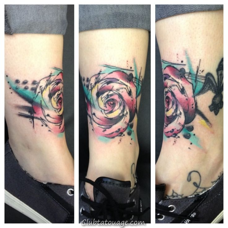 abstrait aquarelle rose tattoo