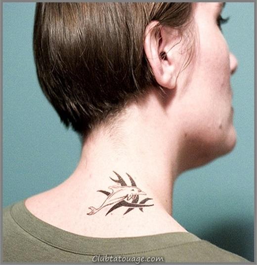 width Dolphin-Tattoo-sur-Neck
