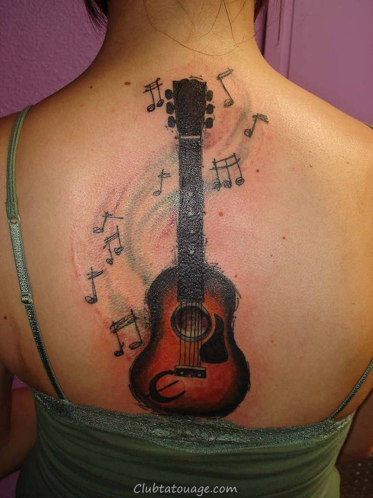Guitare avec des notes de musique Tattoos