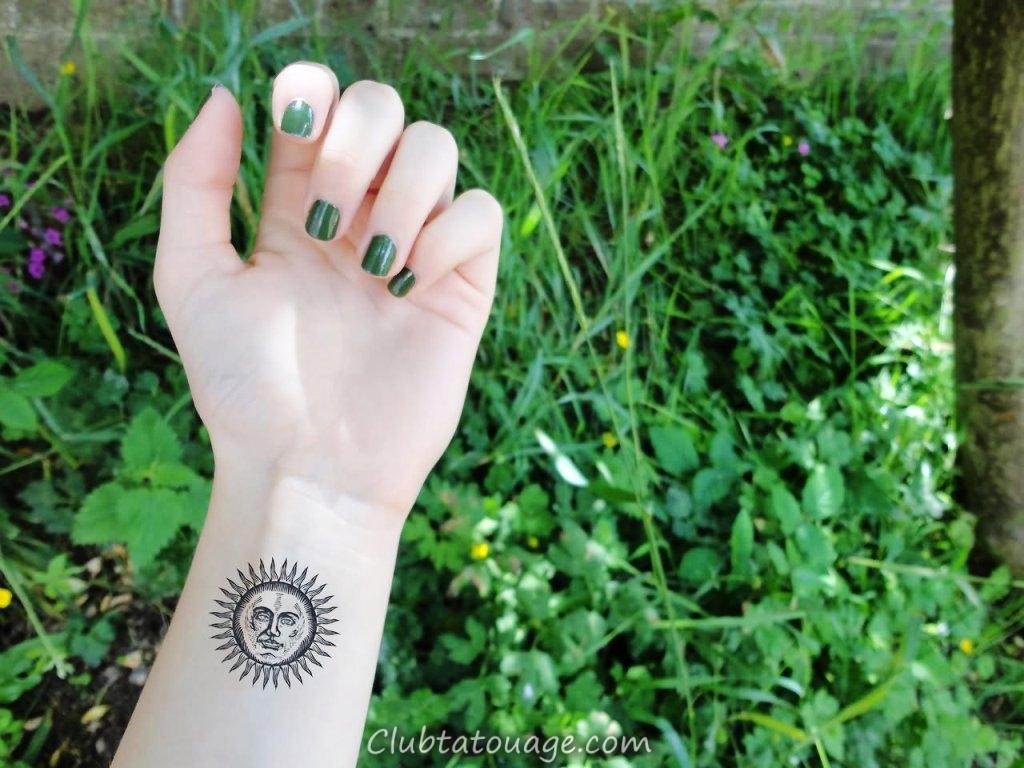Petit-Sun-Tattoo-On -Girl-poignet