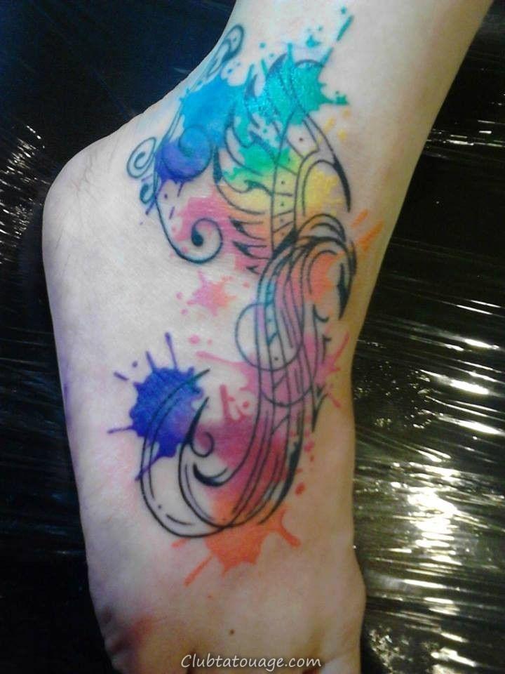 Les meilleurs conceptions et idées de tatouage Aquarelle Feather