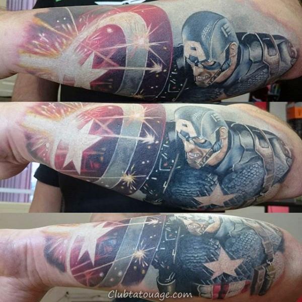 Amazing Mens Tattoo Of Captain America Utilisation Bouclier Avec Sparks volants