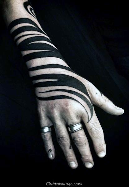 encre noire Swirl Hommes tatouage à la main Tribal Design Ideas