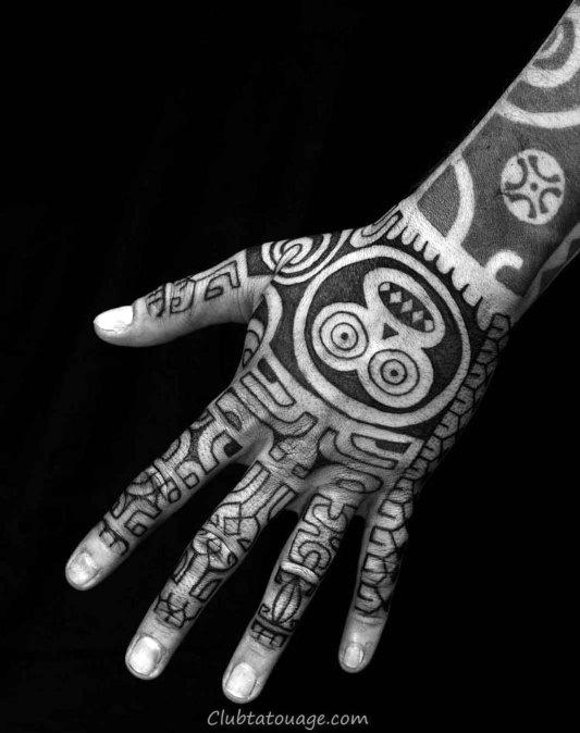 40 Tatouages tribaux à la main pour les hommes - Manly encre Idées
