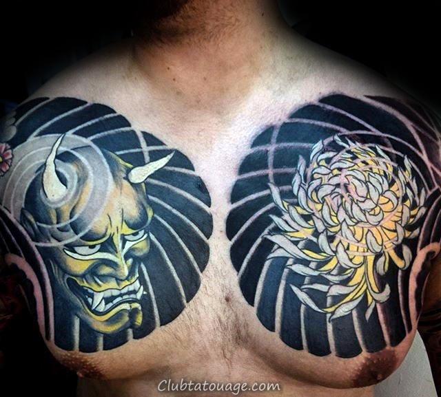 Masque de démon Avec fleur de chrysanthème Hommes en noir et encre jaune Poitrine Tatouages