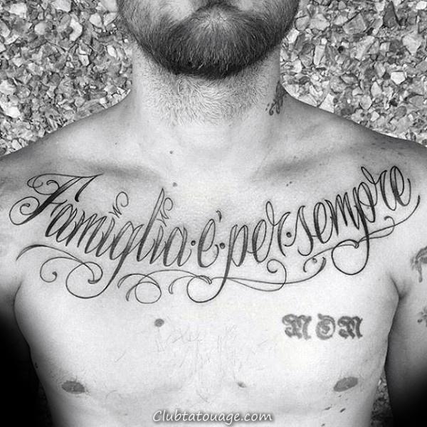 Peu Forthers Script Mens Ornement poitrine et l'épaule Tattoo