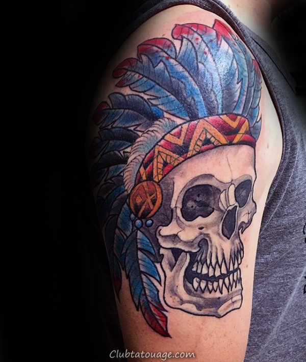 plumes indiennes Skull Hommes Upper Arm Tattoos