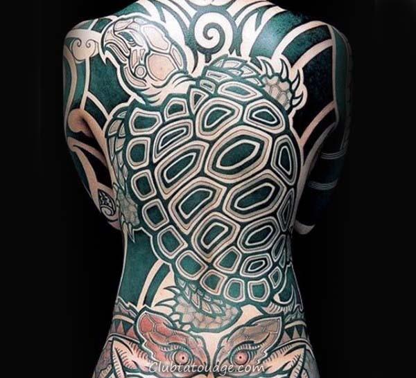 Plein manches Océan Hommes Tortue Tattoo Idées avec de l'eau de mer