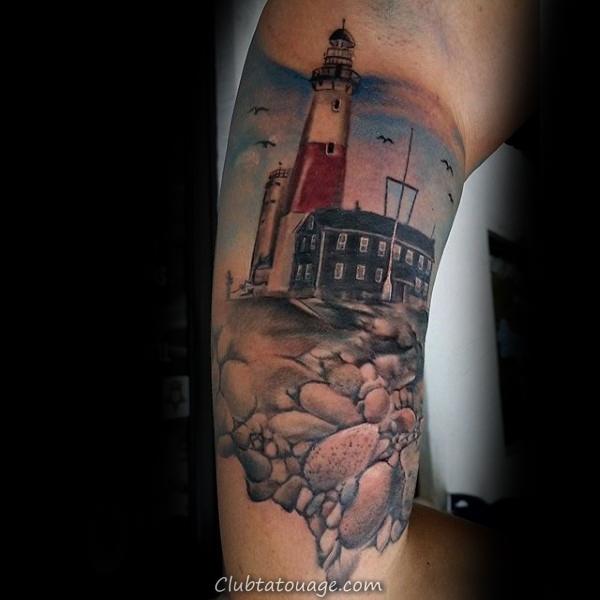 Man With Arm Inner City, rue Tour de l'horloge Tattoo