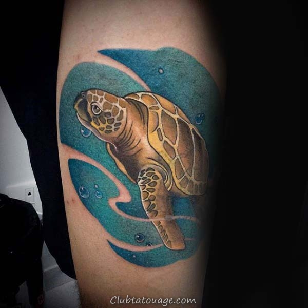 Man With japonais Tortue Ribcage Tattoo
