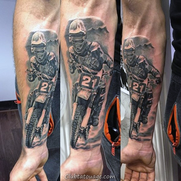 Mens Ripped peau 3d Motocross Shock Tattoo sur le dos de la jambe