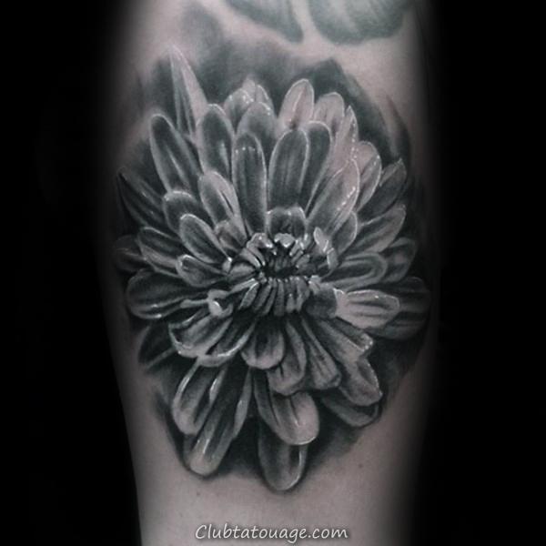 Realistic 3d fleur de chrysanthème Shaded noir et blanc Arm Tattoo Male
