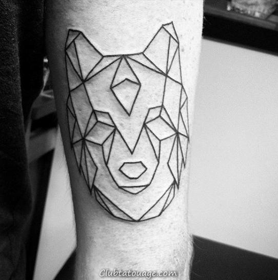 Simple géométrique Loup à l'encre noire Outline conception de tatouage sur Mans Ribs