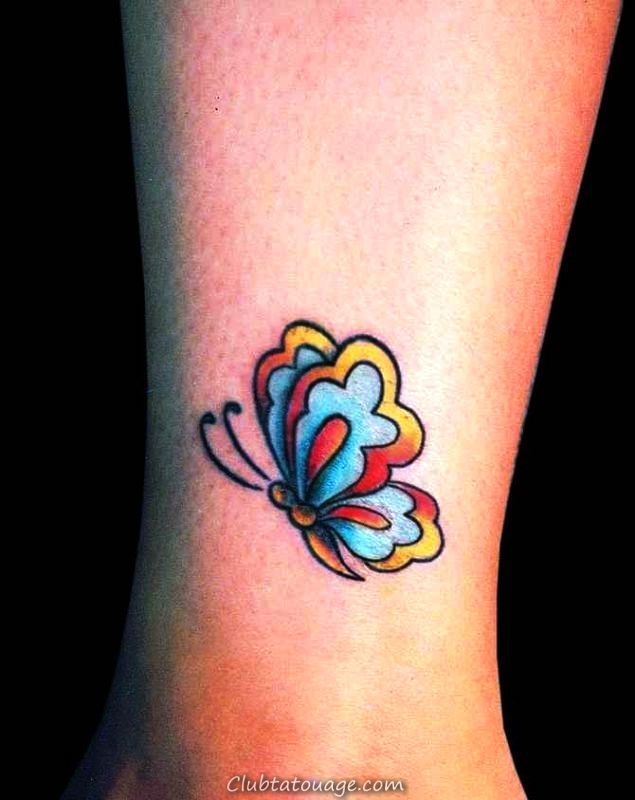 papillon de tatouage de petite cheville