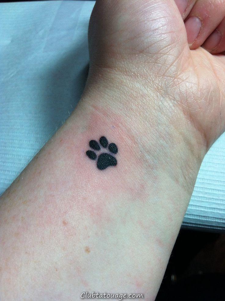 width petite tatouages de chien