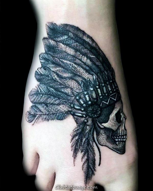 indiens Hommes Tatouages pied petit crâne