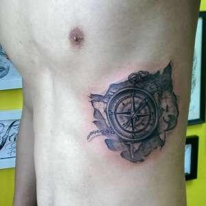 tatuagem-na-costela-21