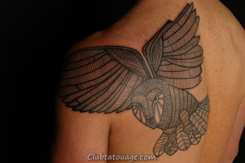 Hiboux 40 tatouages qui vous inspirent