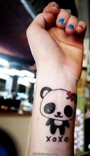 width tatouages pandas20