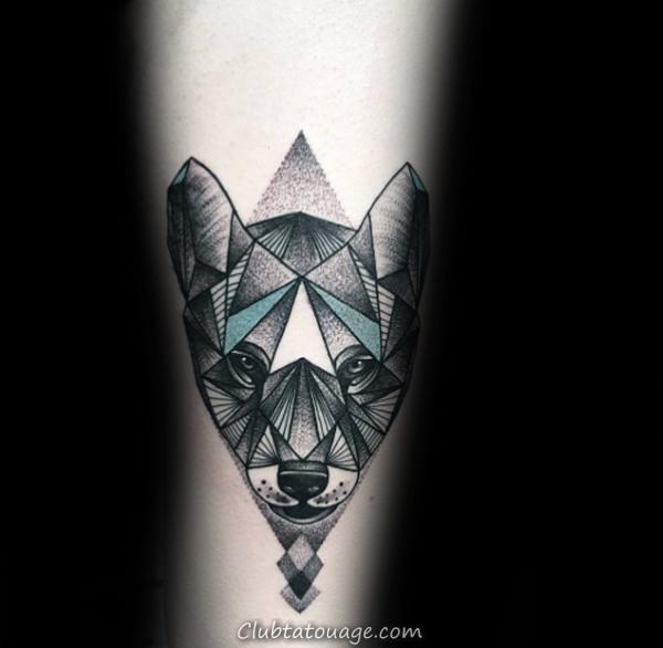 triangle ombré encre noire géométriques Loup Guys Tatouages sur Upper Arm