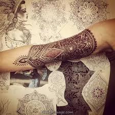 Mehndi tatouage 5