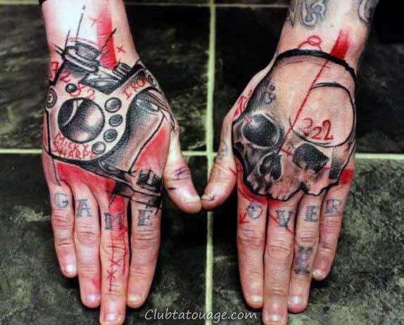 résumé artistique Homme crâne tatouages sur place