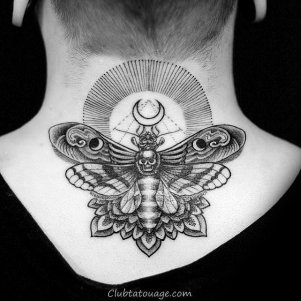 Full Chest Négatif Portrait Espace Moth Hommes Femme Tatouages