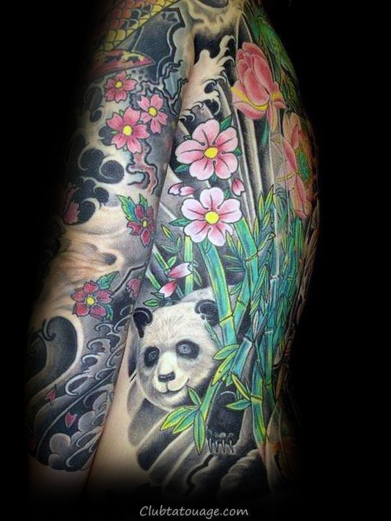 Furry Panda Bear Hommes Upper Chest Tattoo avec la conception réaliste