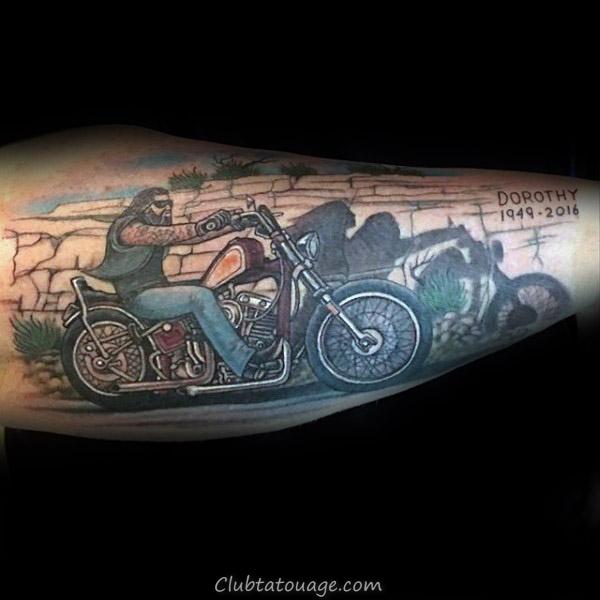 Gentleman Avec Lunettes de soleil Reflet Tattoo Memorial