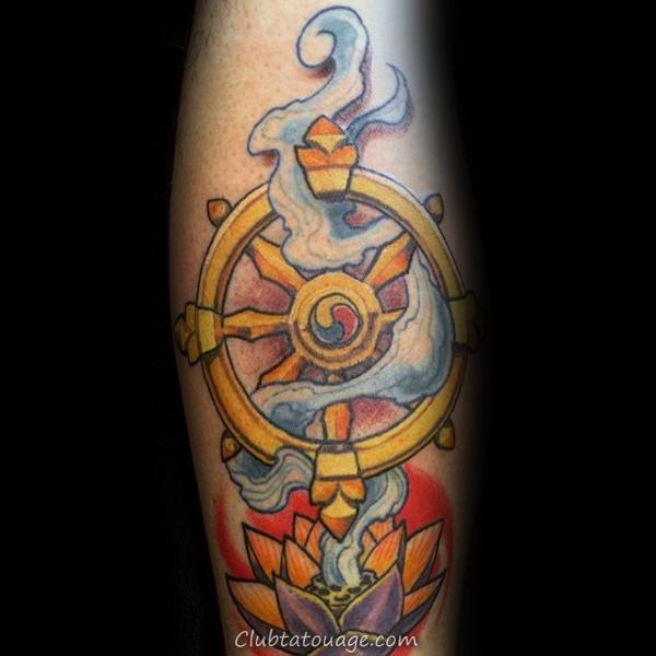 Guys Dharma Wheel bras et l'épaule tatouage avec Eye Design
