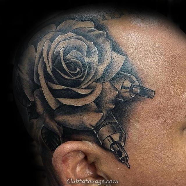 Man With black Rose poignet Tattoo