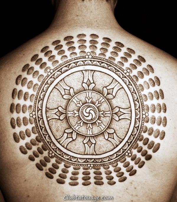 width Hommes Géométriques Dharmachakra Full Back Tattoo Ideas