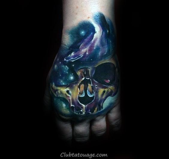 Tattoo Mens espace extra-atmosphérique Skull main Designs