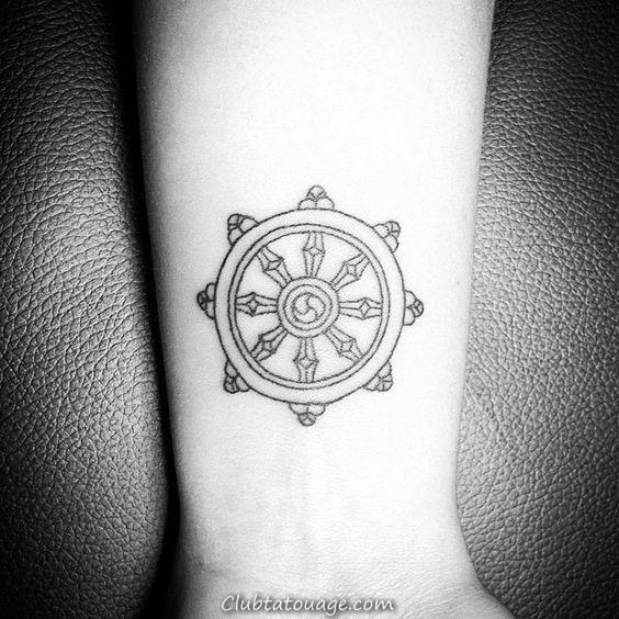 Roue de Dharma Mens Inner Forearm Dotwork Tatouages