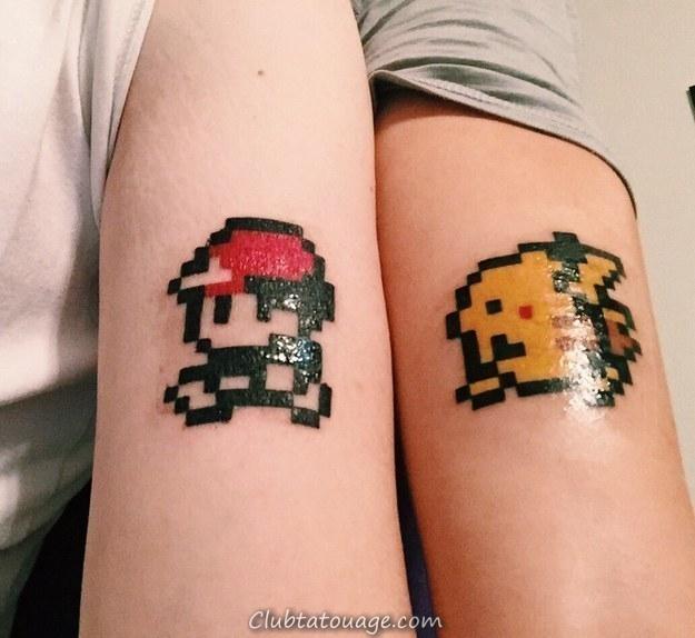 bras d'une femme et un homme avec un tatouage pokemon