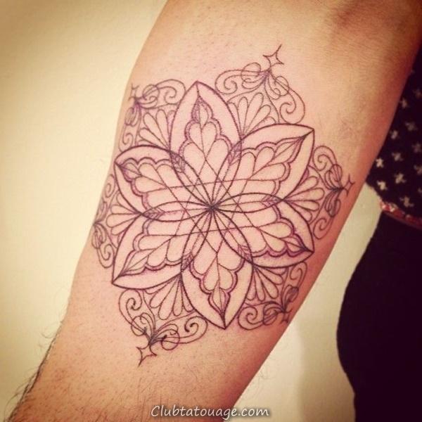 width 30 Magnifique Mandala Tattoo Ideas 28