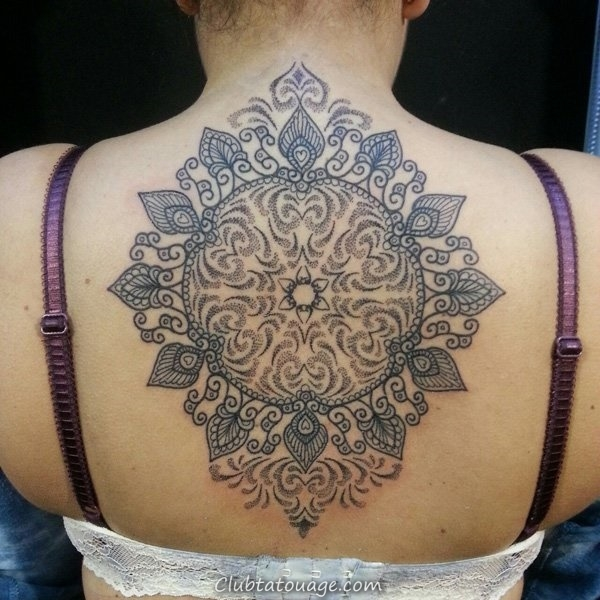 30 merveilleux Mandala Tattoo Ideas 29