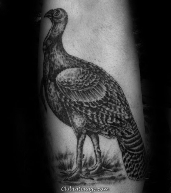 Black And Grey Shaded Ink Turquie Tatouages ​​Pour Guys